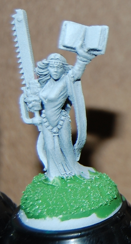 Bretonnian Sorceress, 1997 sculpted by Brian Nelson (converted)